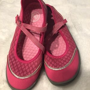 So brand   Girls size 2 pink shoes